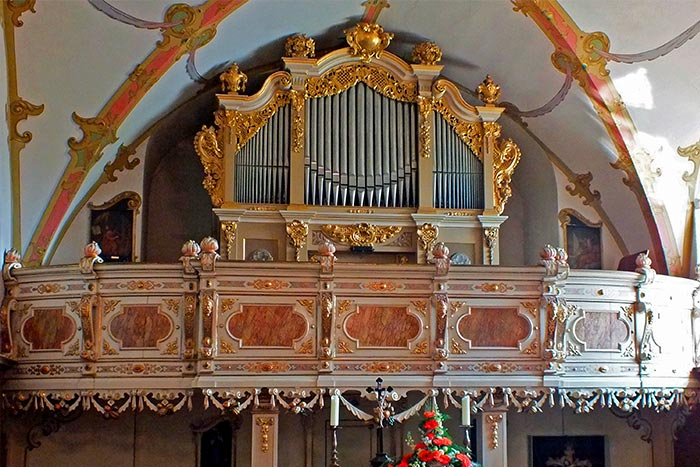 Orgel in Schloss Burgk